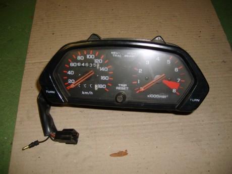 Mastercross - Used spare parts, HONDA TACHOMETER HONDA